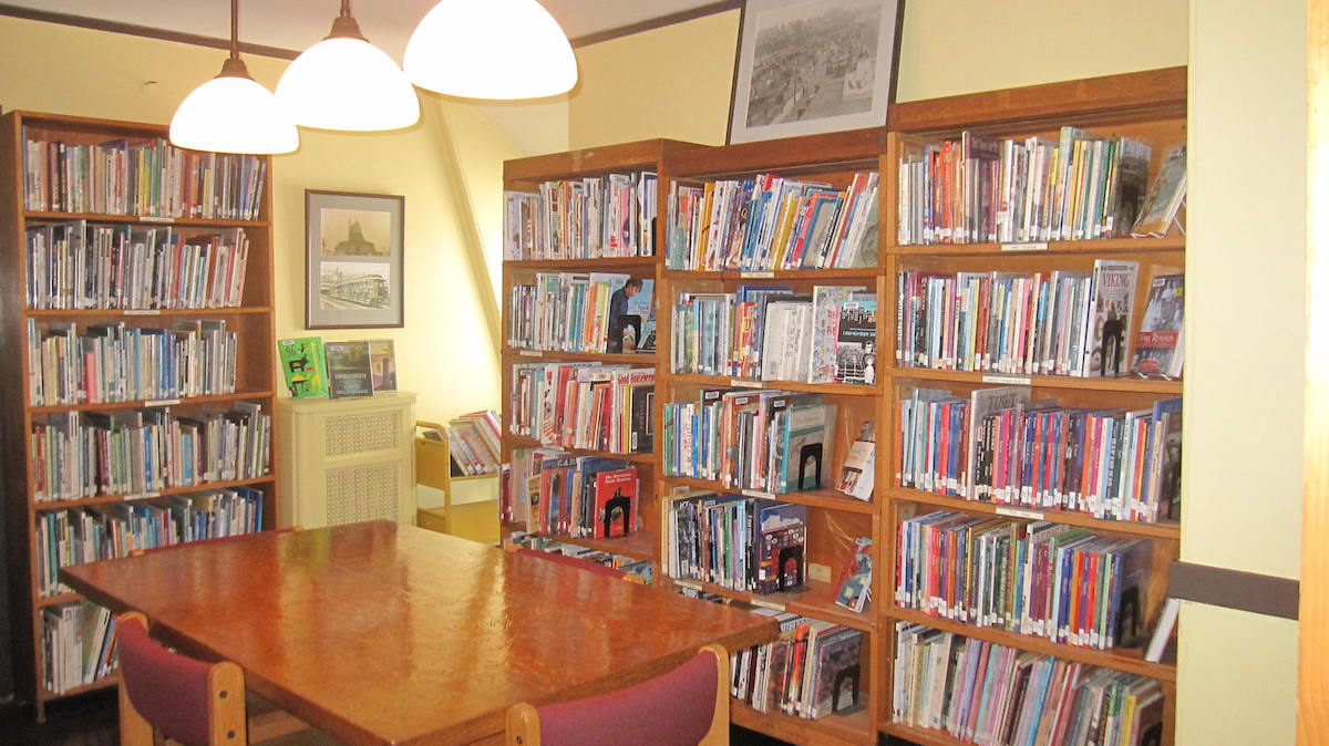 Hull Public Library Image 5